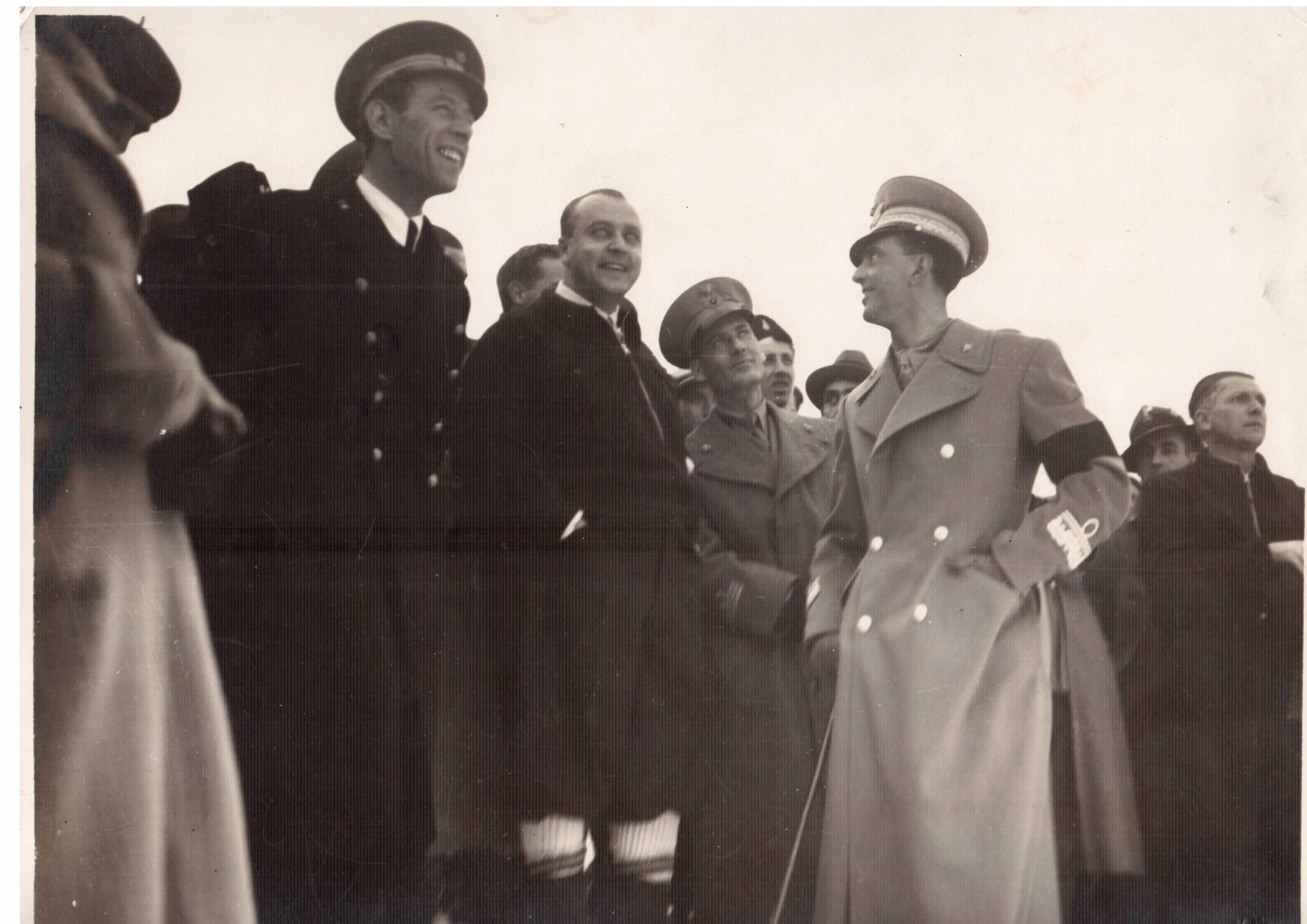 ufficiale d'ordinanza di Umberto di Savoia. In montagna (1935)