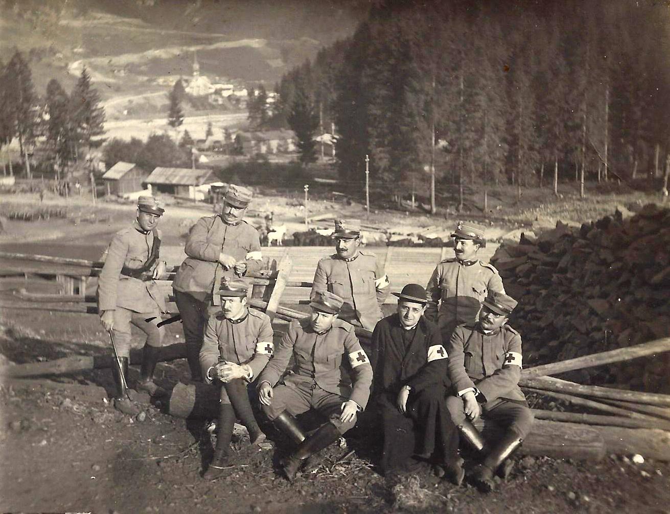 Don Gioacchino Rey gruppo Croce Rossa 1918