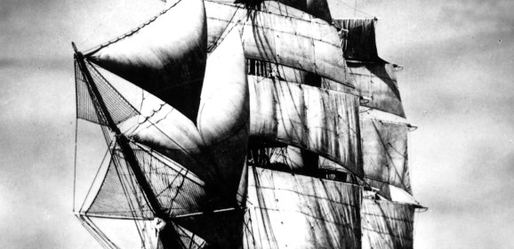 Il Vespucci sfida l'Atlantico sulla scia di Cristoforo Colombo