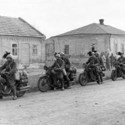 Bersaglieri motociclisti in Russia