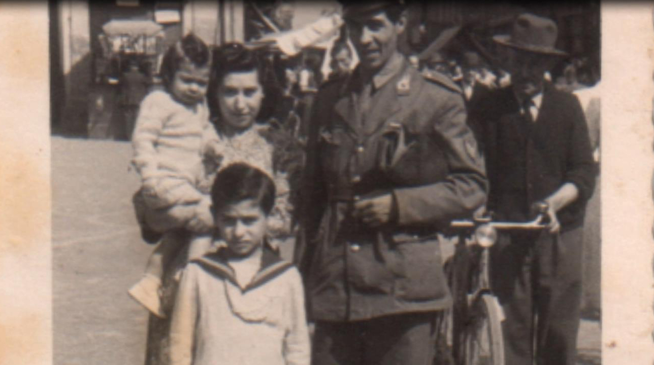 Il finanziere Bachisio Mastinu con la famiglia